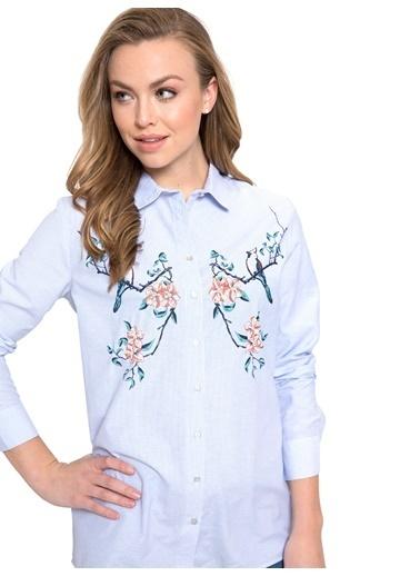LC Waikiki Çiçekli Çizgili Gömlek Mavi